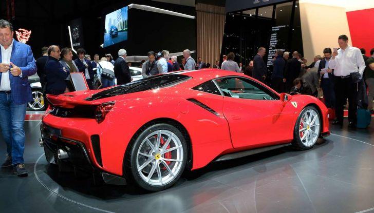 Ferrari 488 Pista, il V8 più potente di sempre - Foto 12 di 15