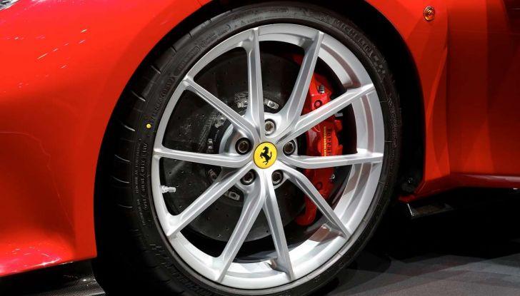 Ferrari 488 Pista, il V8 più potente di sempre - Foto 15 di 15
