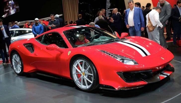 Ferrari 488 Pista, il V8 più potente di sempre - Foto 1 di 15