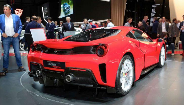 Ferrari 488 Pista, il V8 più potente di sempre - Foto 6 di 15