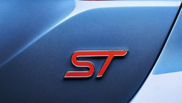 Ford Fiesta ST 2018, la sportiva da 200CV diventa 3 cilindri - Foto 7 di 10