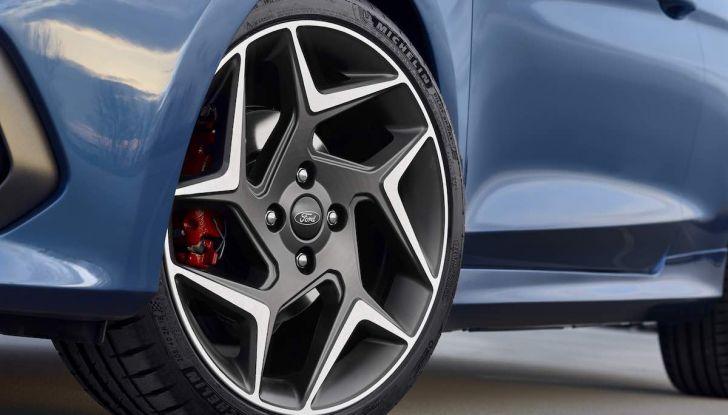 Ford Fiesta ST 2018, la sportiva da 200CV diventa 3 cilindri - Foto 10 di 10