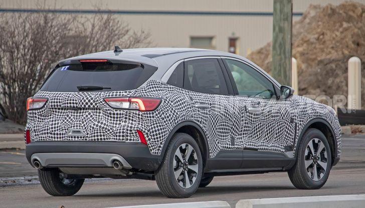 Ford Kuga 2020, prime prove su strada per il Crossover dell'Ovale Blu - Foto 34 di 36
