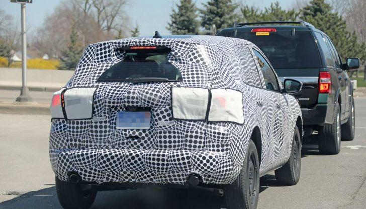 Ford Kuga 2020, prime prove su strada per il Crossover dell'Ovale Blu - Foto 16 di 23