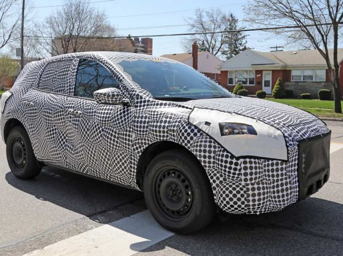 Ford Kuga 2020, prime prove su strada per il Crossover dell'Ovale Blu - Foto 23 di 23
