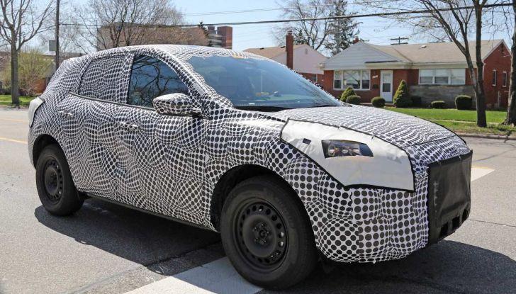 Ford Kuga 2020, prime prove su strada per il Crossover dell'Ovale Blu - Foto 27 di 36