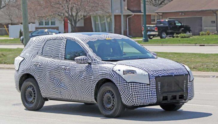 Ford Kuga 2020, prime prove su strada per il Crossover dell'Ovale Blu - Foto 6 di 36