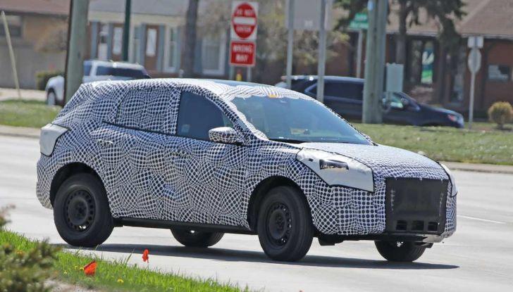 Ford Kuga 2020, prime prove su strada per il Crossover dell'Ovale Blu - Foto 19 di 23