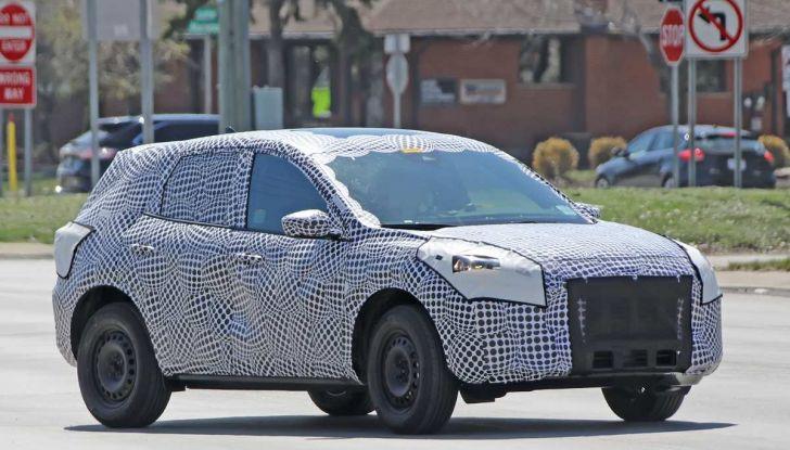 Ford Kuga 2020, prime prove su strada per il Crossover dell'Ovale Blu - Foto 25 di 36