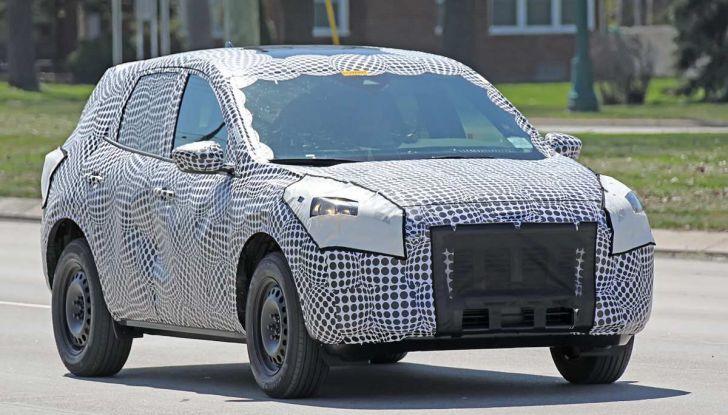 Ford Kuga 2020, prime prove su strada per il Crossover dell'Ovale Blu - Foto 14 di 23