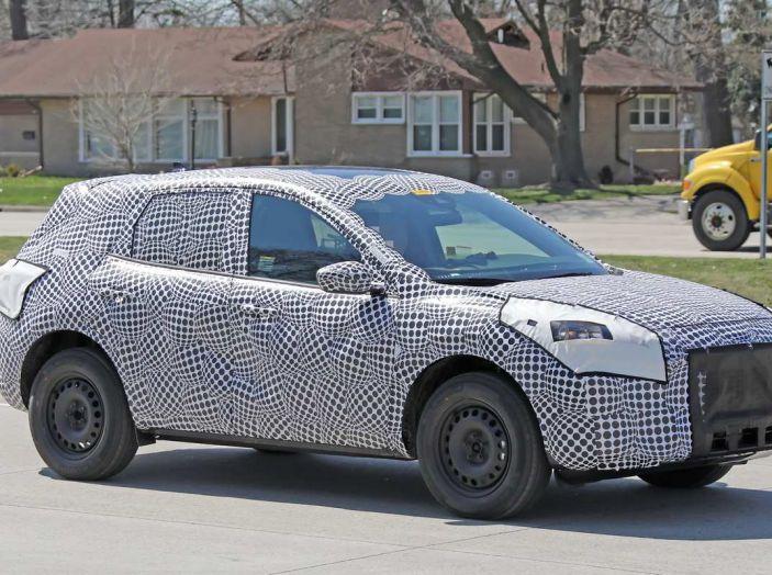 Ford Kuga 2020, prime prove su strada per il Crossover dell'Ovale Blu - Foto 21 di 23