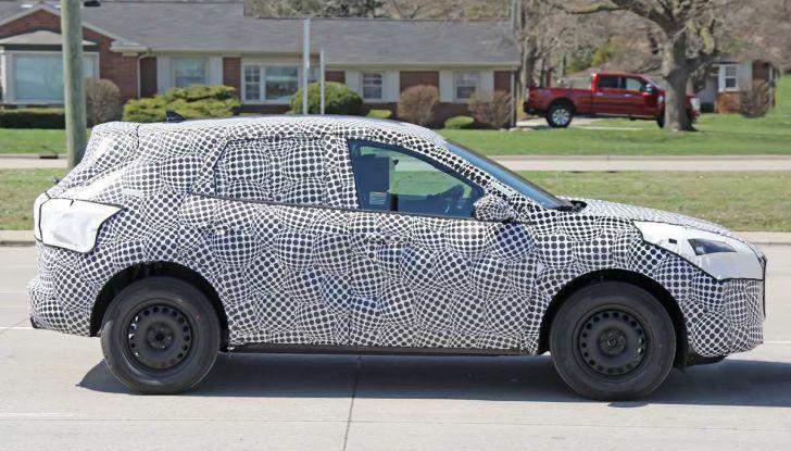 Ford Kuga 2020, prime prove su strada per il Crossover dell'Ovale Blu - Foto 11 di 23