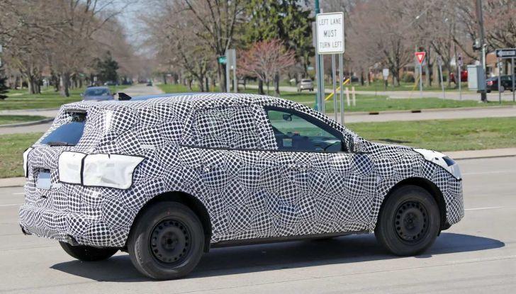 Ford Kuga 2020, prime prove su strada per il Crossover dell'Ovale Blu - Foto 8 di 36