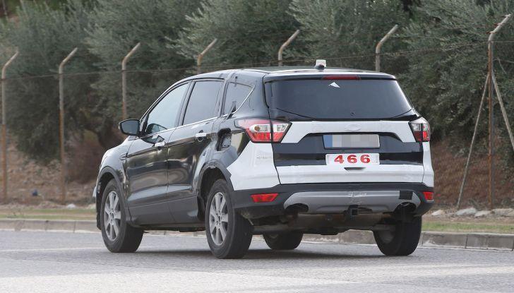 Ford Kuga 2020, prime prove su strada per il Crossover dell'Ovale Blu - Foto 22 di 36