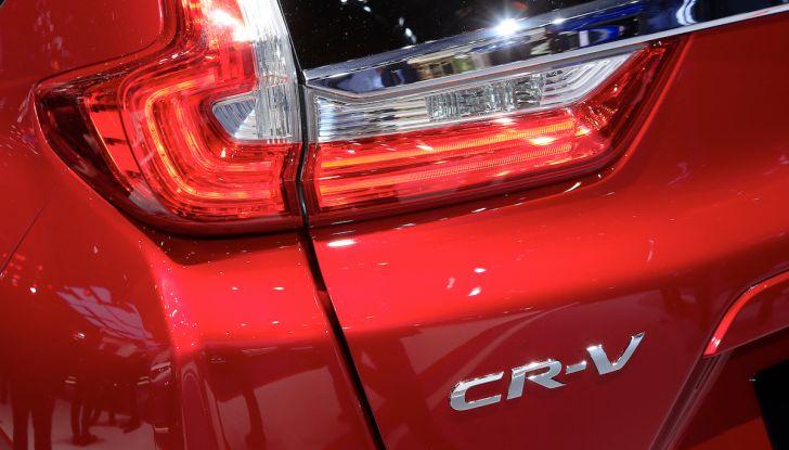 Nuova Honda CR-V 2018, l'iconico SUV di Tokyo da ora ibrido - Foto 6 di 9