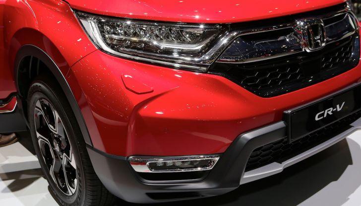 Nuova Honda CR-V 2018, l'iconico SUV di Tokyo da ora ibrido - Foto 7 di 9