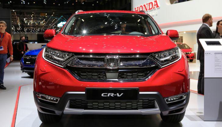 Nuova Honda CR-V 2018, l'iconico SUV di Tokyo da ora ibrido - Foto 2 di 9