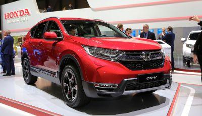 Nuova Honda CR-V 2018, l'iconico SUV di Tokyo da ora ibrido