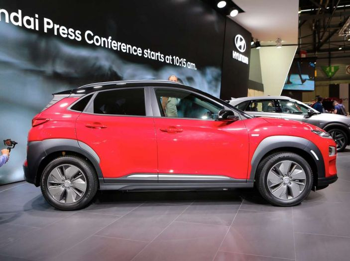 Hyundai Kona Electric 2018: tanta autonomia, dotazioni ricche e prezzi contenuti - Foto 2 di 9