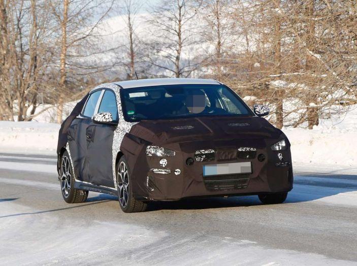 Hyundai i30 N Fastback, primi test su strada della variante sportiva - Foto 2 di 10