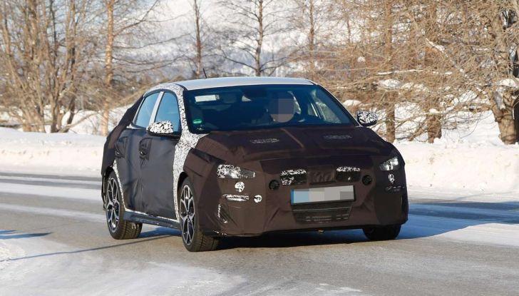 Hyundai i30 N Fastback, primi test su strada della variante sportiva - Foto 6 di 26