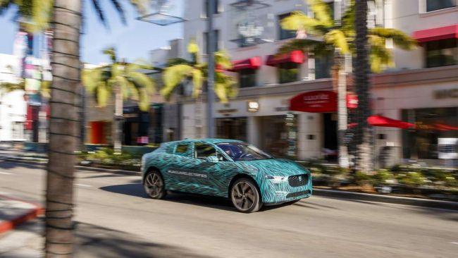 Incentivi auto elettriche pagati con nuove tasse per gli automobilisti?