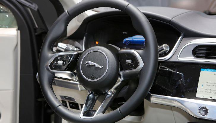 Jaguar I-PACE, prezzo e caratteristiche del crossover elettrico - Foto 21 di 25