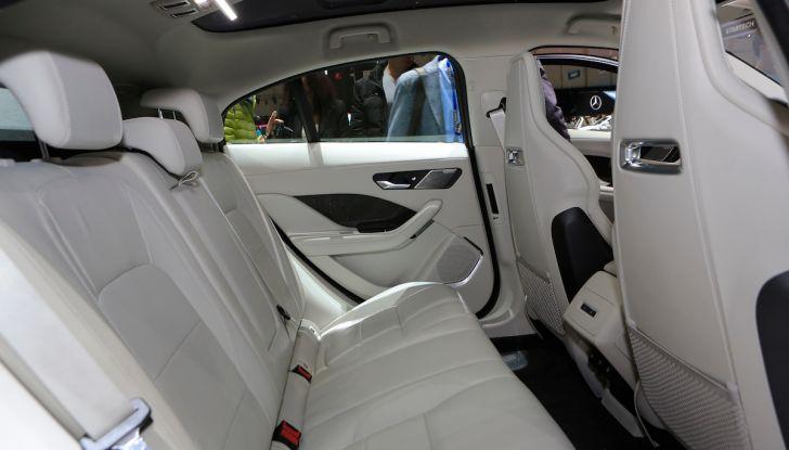 Jaguar I-PACE, prezzo e caratteristiche del crossover elettrico - Foto 19 di 25