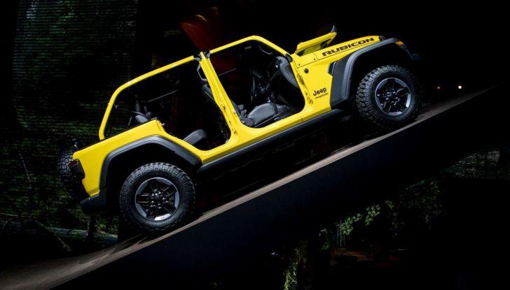 Nuovo Jeep Wrangler 2018, l'icona offroad cambia pelle - Foto 11 di 12