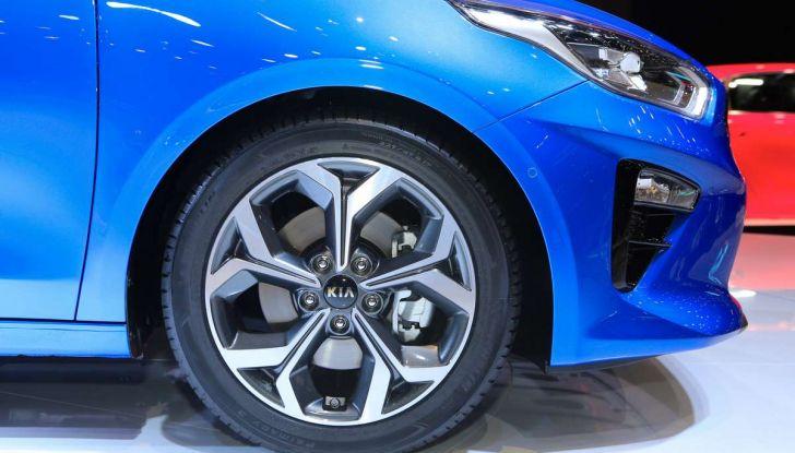 Kia Ceed 2018: nuovi motori e design inedito - Foto 13 di 17
