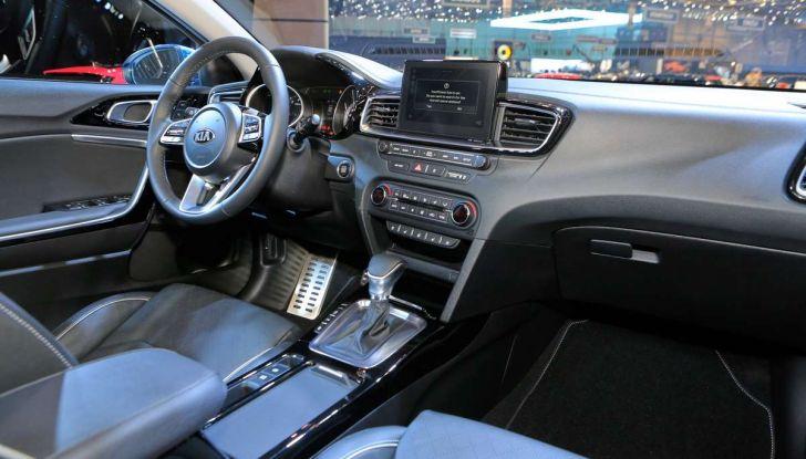 Kia Ceed 2018: nuovi motori e design inedito - Foto 14 di 17