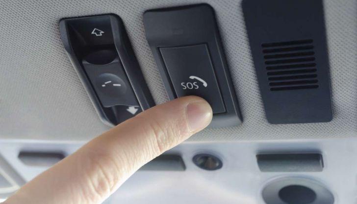 La chiamata di emergenza in auto diventa obbligatoria - Foto 9 di 9