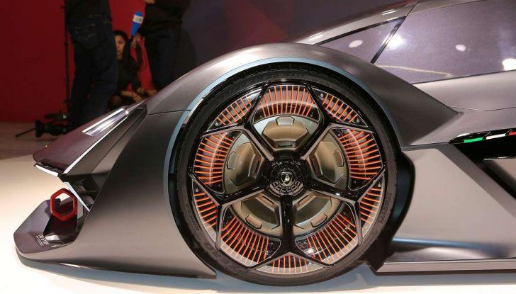 Lamborghini Terzo Millennio con carrozzeria auto-riparante - Foto 3 di 16