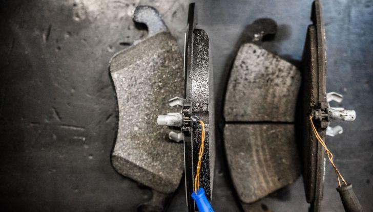 I freni dell'auto: manutenzione, precauzioni e consigli - Foto 12 di 17