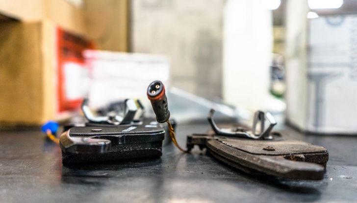 I freni dell'auto: manutenzione, precauzioni e consigli - Foto 15 di 17