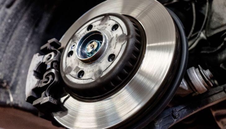 I freni dell'auto: manutenzione, precauzioni e consigli - Foto 4 di 17