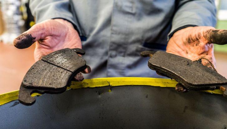 I freni dell'auto: manutenzione, precauzioni e consigli - Foto 7 di 17