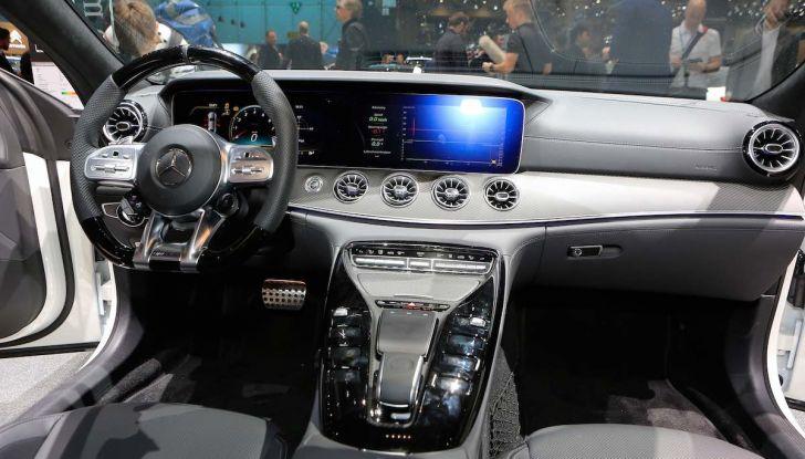 Mercedes AMG GT Coupé4, quattro porte per la sportiva della Stella - Foto 14 di 21
