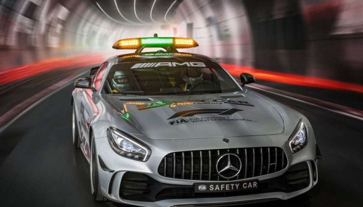 Mercedes AMG GT R è la Safety Car del mondiale Formula 1 - Foto 6 di 10
