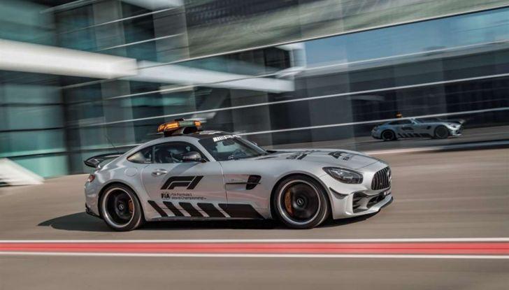 Mercedes AMG GT R è la Safety Car del mondiale Formula 1 - Foto 1 di 10