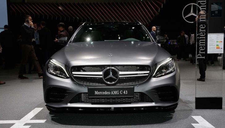 Mercedes Classe C Restyling 2018: nuovo corso per la regina della Stella - Foto 27 di 42
