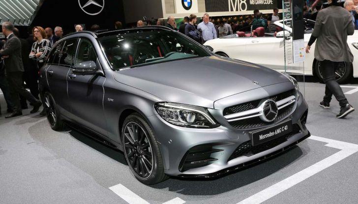 Mercedes Classe C Restyling 2018: nuovo corso per la regina della Stella - Foto 28 di 42