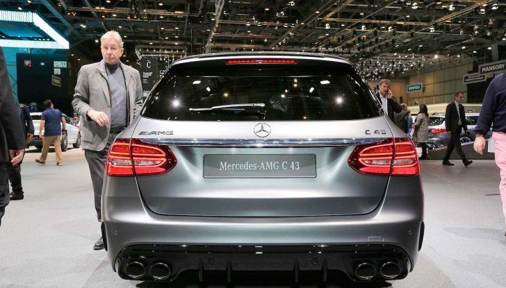 Mercedes Classe C Restyling 2018: nuovo corso per la regina della Stella - Foto 32 di 42