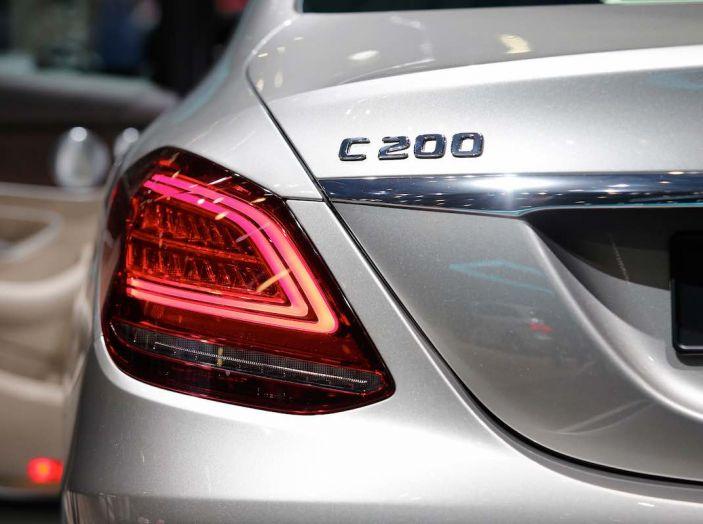 Mercedes Classe C Restyling 2018: nuovo corso per la regina della Stella - Foto 40 di 42