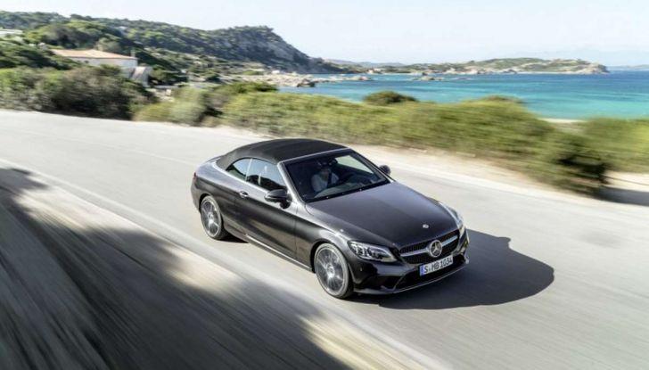 Mercedes Classe C Coupé e Cabrio 2018: più sportive ed efficienti - Foto 1 di 19