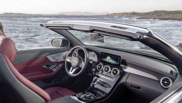 Mercedes Classe C Coupé e Cabrio 2018: più sportive ed efficienti - Foto 18 di 19