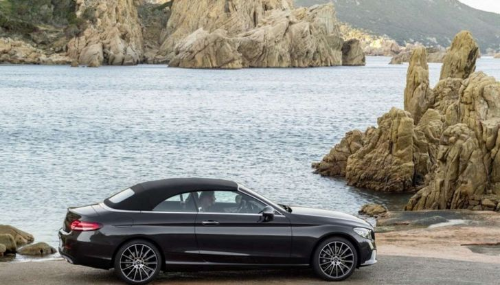 Mercedes Classe C Coupé e Cabrio 2018: più sportive ed efficienti - Foto 19 di 19