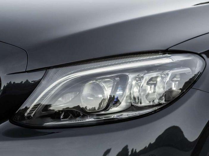 Mercedes Classe C Coupé e Cabrio 2018: più sportive ed efficienti - Foto 4 di 19