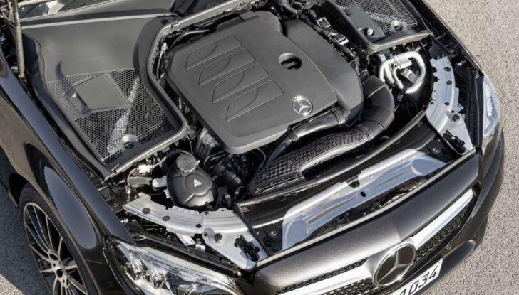 Mercedes Classe C Coupé e Cabrio 2018: più sportive ed efficienti - Foto 8 di 19