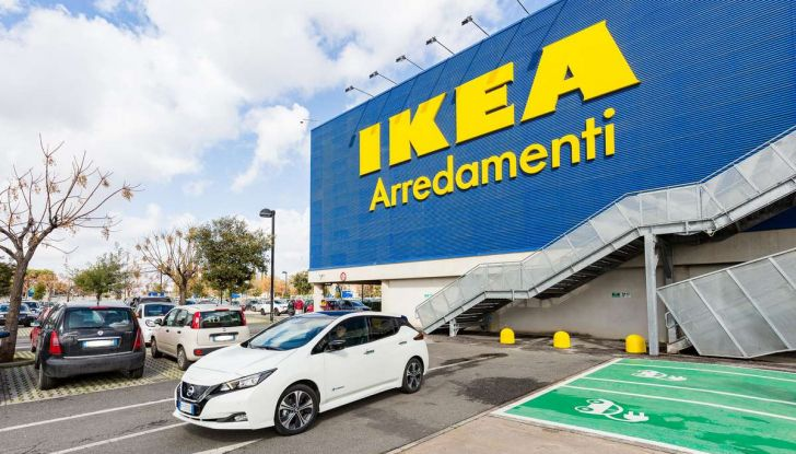 IKEA dal 2025 utilizzerà solo auto elettriche per i trasporti dei mobili - Foto 3 di 12